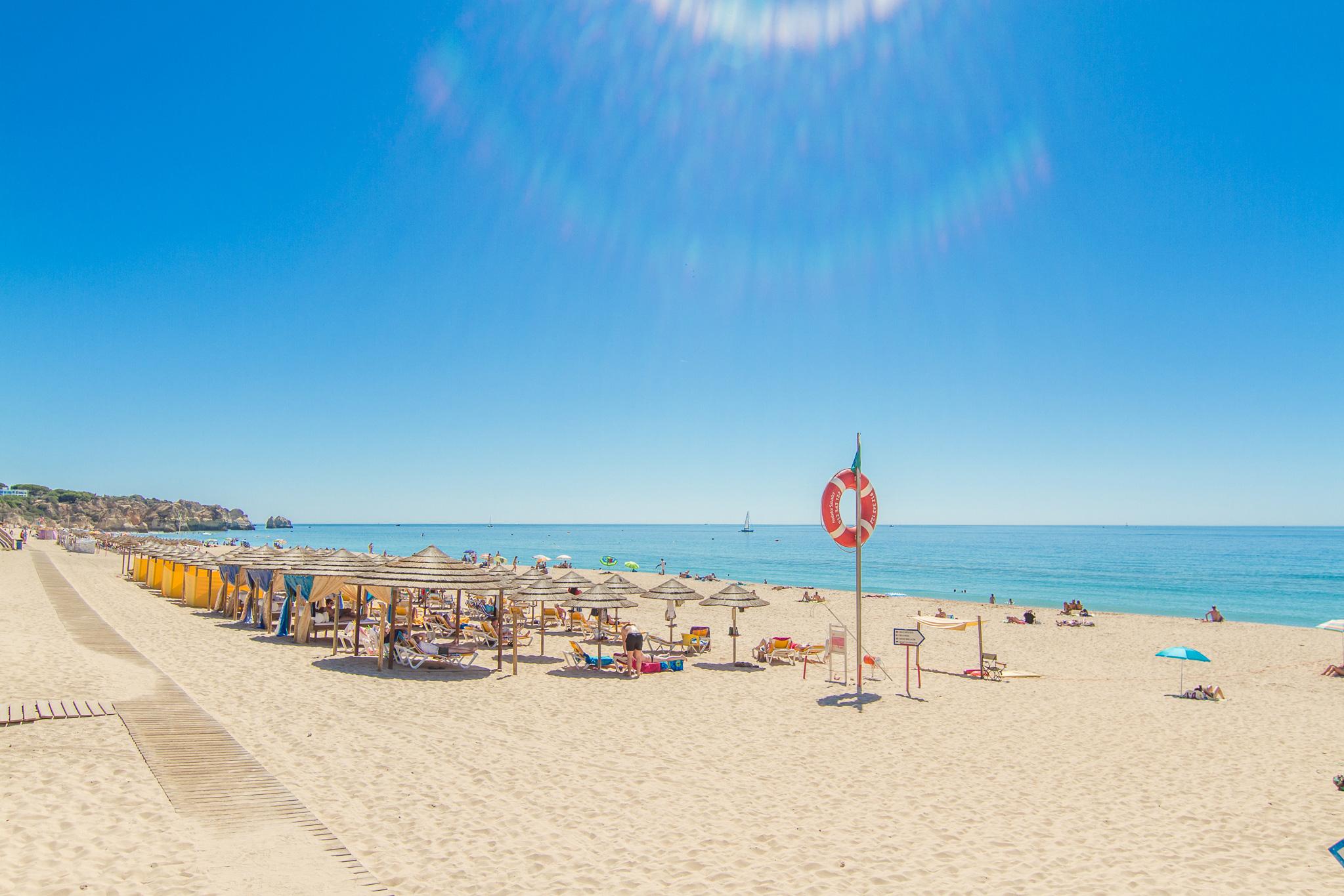 42159e532145a Apartamento na Torralta em frente à praia